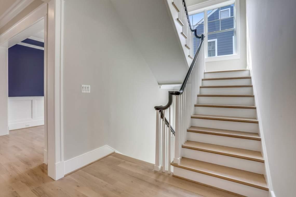 Main-Level-Stairs-_MG_0256
