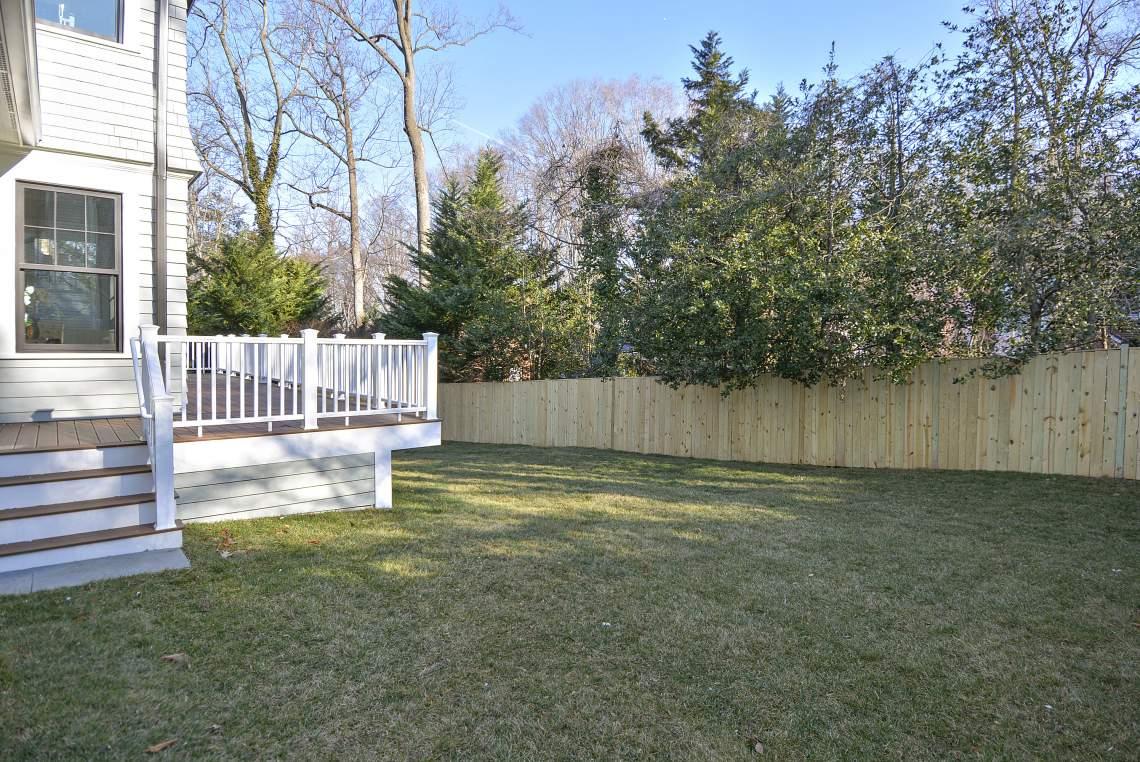 Exterior-Back Yard-_DSC8375