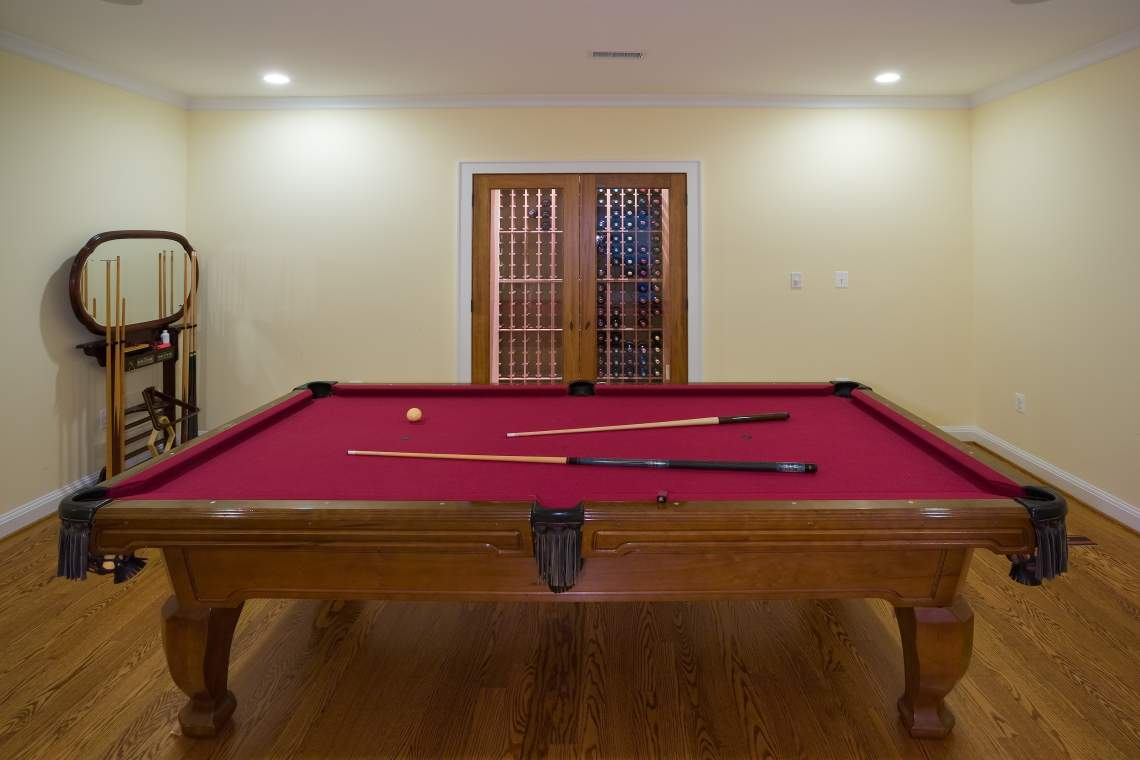 Hampden Wine-Billiards 001